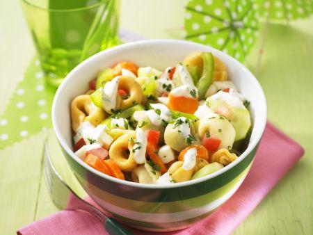Bunter Tortellini-Salat