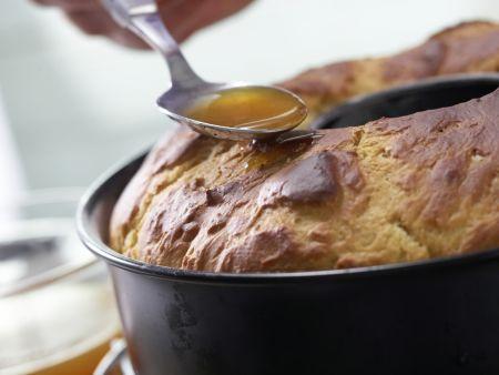 Buttermilch-Hefekranz: Zubereitungsschritt 11