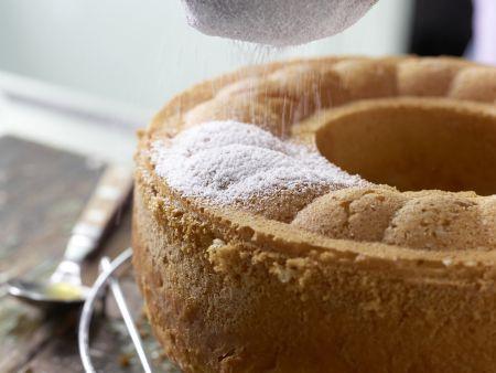 Buttermilch-Hefekranz: Zubereitungsschritt 12