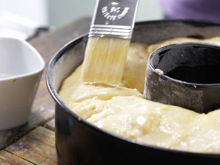 Buttermilch-Hefekranz: Zubereitungsschritt 7