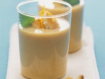 Buttermilch-Sanddorn-Drink mit Orangensaft