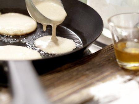 Buttermilch-Vollkorn-Pancakes: Zubereitungsschritt 6
