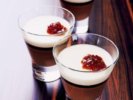 Cappuchino-Dessert (Panna cotta, Schokolade, Espresso)