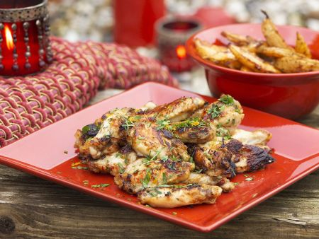 Chicken Wings süß-sauer mit Backkartoffeln