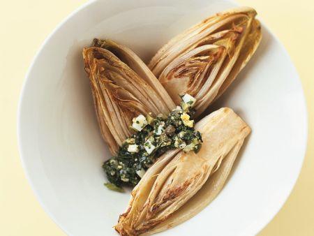 Chicorée mit Salsa verde