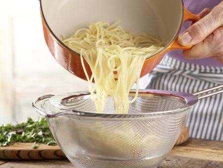 Chili-Knoblauch-Spaghetti: Zubereitungsschritt 5