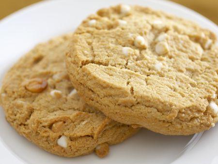 Cookies mit weißen Schokostückchen