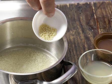 Couscous-Brei mit Pfirsich: Zubereitungsschritt 1