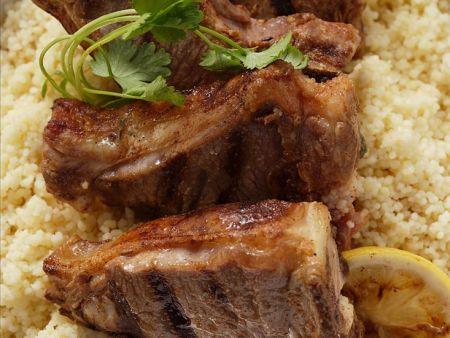 Couscous mit gegrilltem Lamm