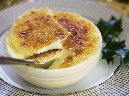 Creme brulee mit Trockenfrüchten (mincemeat)