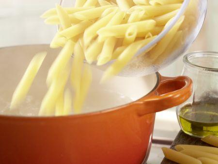 Cremige Zucchininudeln: Zubereitungsschritt 3