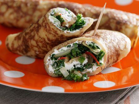 Crêpe mit Salat und Ziegenkäse