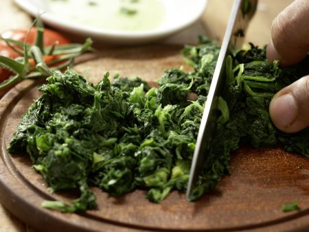 Crespelle mit Spinat und Ricotta: Zubereitungsschritt 5