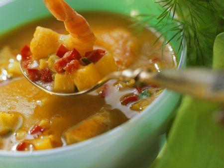 Curry-Gemüsesuppe mit Meeresfrüchten