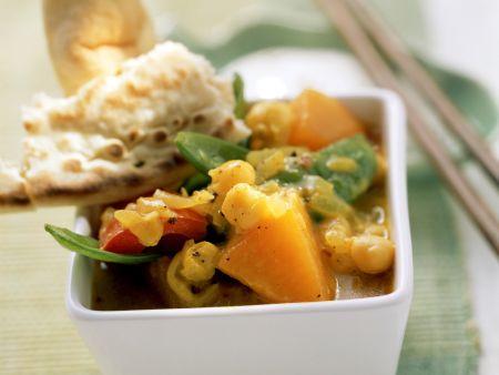 Currygemüse mit Fladenbrot