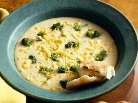 Deftige Käsesuppe mit Brokkoli und Mais