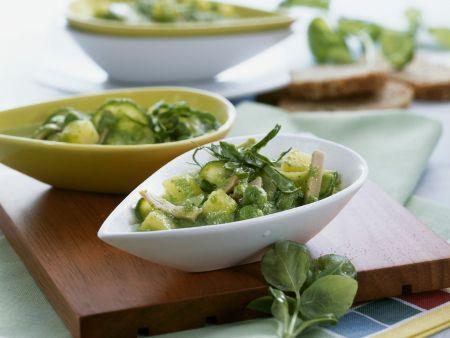 Eintopf aus grünem Gemüse mit Schinken