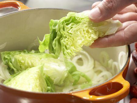 Erbsensuppe mit Mini-Cabanossi: Zubereitungsschritt 2