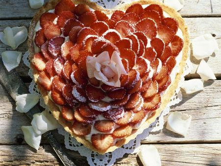 Rezept: Erdbeer-Herzkuchen
