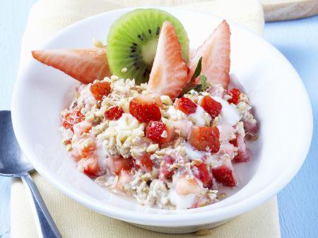 Erdbeer-Müsli mit Kiwi
