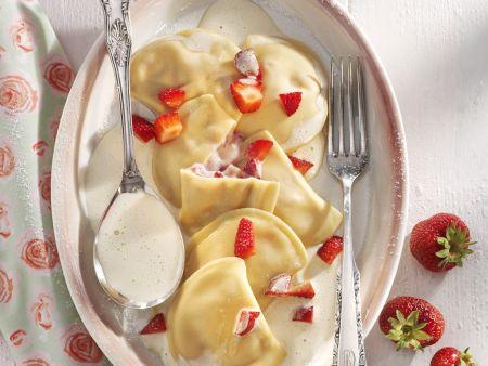 Erdbeer-Ravioli mit Portwein-Sabayon