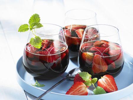 Erdbeer-Rotwein-Punsch