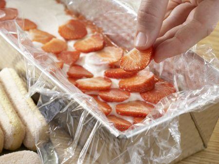 Erdbeer-Tiramisu: Zubereitungsschritt 7
