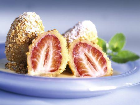 Erdbeerbällchen mit Vanillesoße