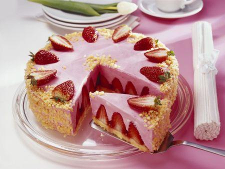 Erdbeermousse-Torte