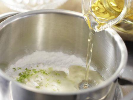 Erdbeertorte mit Limettenguss: Zubereitungsschritt 8