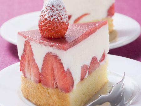 Rezept: Erdbeertorte mit Joghurtfüllung
