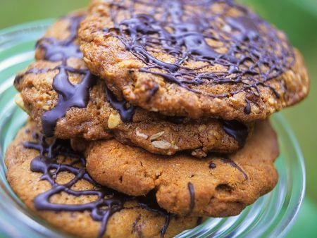 Erdnuss-Kekse mit Schokolade