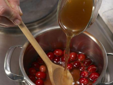 Fasan mit Cranberrysauce: Zubereitungsschritt 7