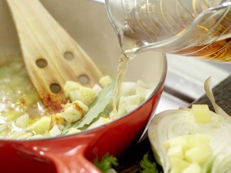 Feine Fenchelcremesuppe: Zubereitungsschritt 4