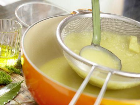 Feine Fenchelcremesuppe: Zubereitungsschritt 5