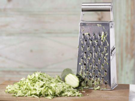 Feine Zucchinicremesuppe: Zubereitungsschritt 2