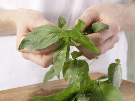 Feine Zucchinicremesuppe: Zubereitungsschritt 5