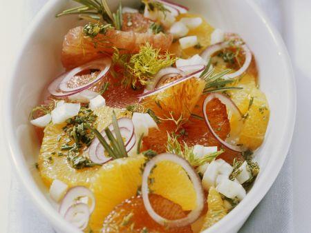 Rezept: Fenchel-Orangen-Salat mit Zwiebeln und Kräutern