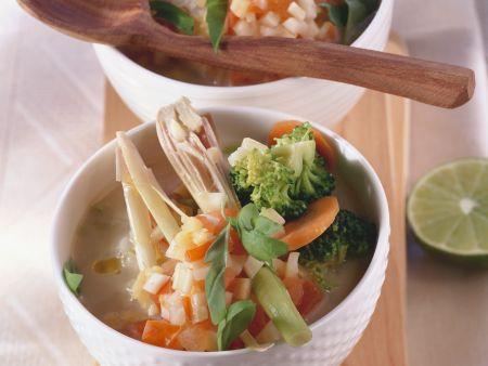 Feurige Brokkolisuppe mit Kokosmilch