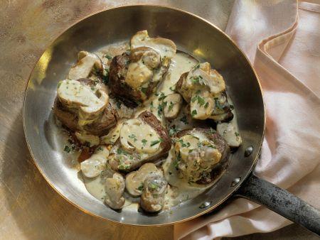 Filet vom Hirschkalb mit Steinpilzen