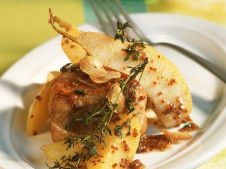 Filet vom Schwein dazu Kartoffeln und Birnen
