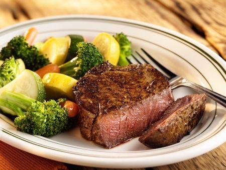 Filetsteaks mit Gemüse