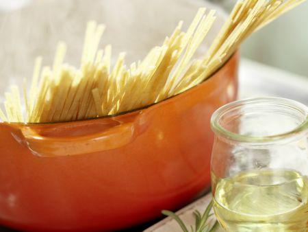 Fisch-Bolognese: Zubereitungsschritt 6