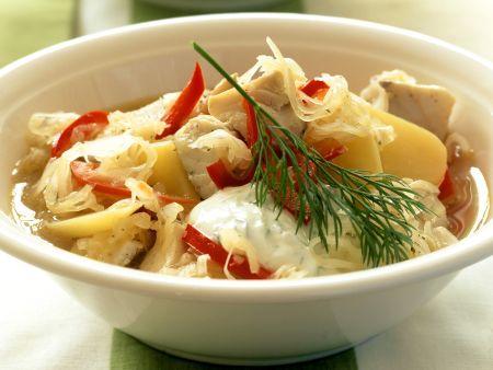 Fisch-Sauerkraut-Suppe
