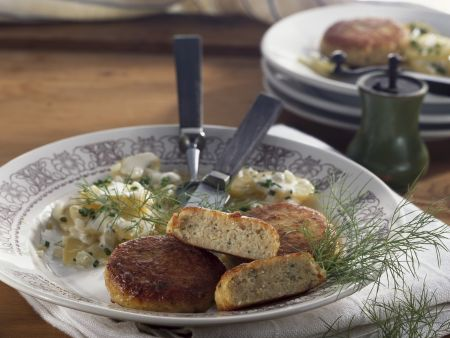 Fischbuletten mit Kartoffelsalat