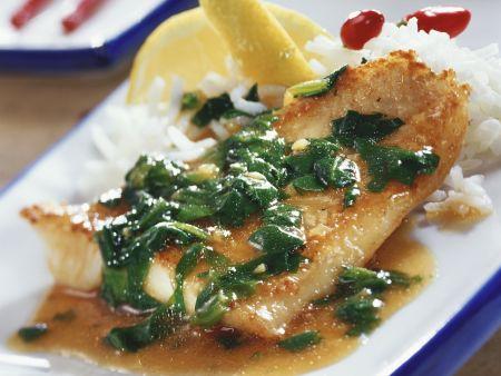Fischfilet in pikanter Spinatsoße mit Ingwer