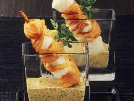 Rezept: Fischspieße im Lauchmantel auf Senfsauce