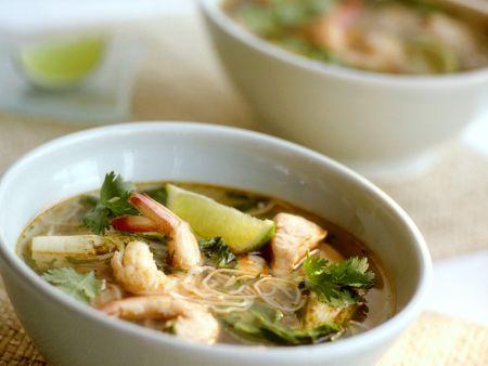 Fischsuppe mit Nudeln