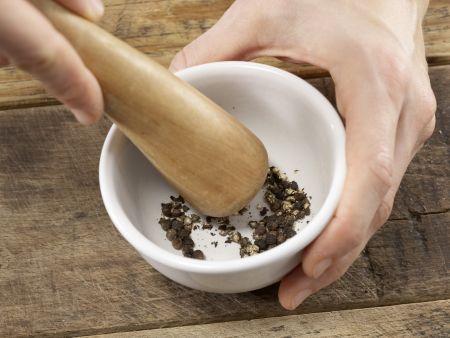 Flammkuchen: Zubereitungsschritt 3