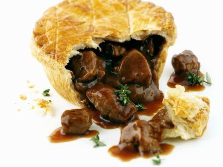 Fleischpastete auf englische Art (Steak Pie)